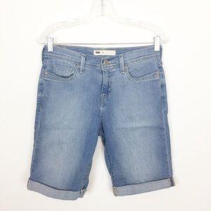 3/$25 Levi's Shorts 4 Light Wash Bermuda Cotton